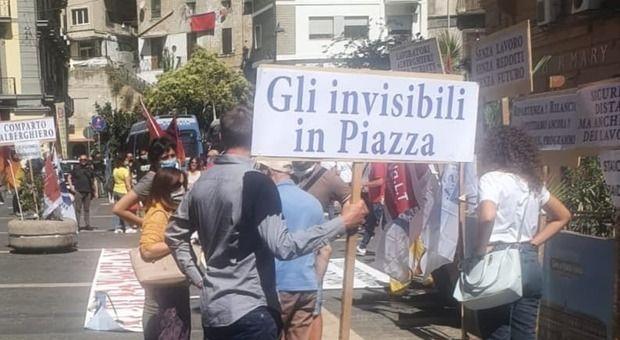 Napoli «Graduatoria bloccata», sit degli operatori sanitari alla Regione