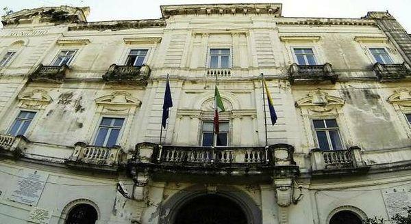 Castellammare, l'ombra della camorra sul voto: sei politici nel mirino della Dda