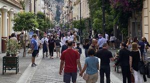 Sorrento, app e cartelli multilingue locali pronti al green pass