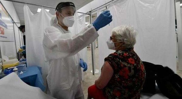Ischia Covid free da sabato: altri cinque giorni per completare le vaccinazioni