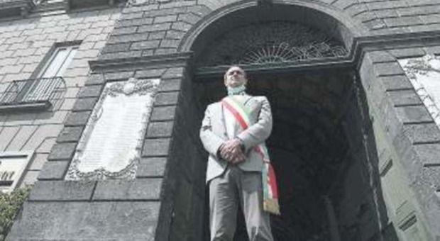Comune Napoli rischio dissesto città divide « governo aiuti»