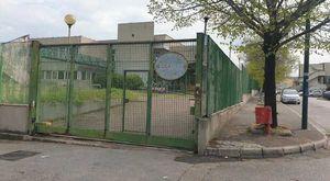 Scuola, nuovo dirigente alla Rodinò di Barra: caos tra docenti e genitori