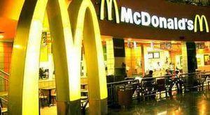 Brexit, mancano camionisti e gli scaffali dei negozi sono vuoti: McDonald's resta senza milkshakes
