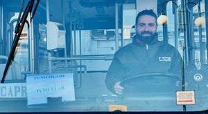 Bus precipitato a Capri, la testimonianza di un passeggero: «Ruota fuori uso, l'autista è morto per salvarci»