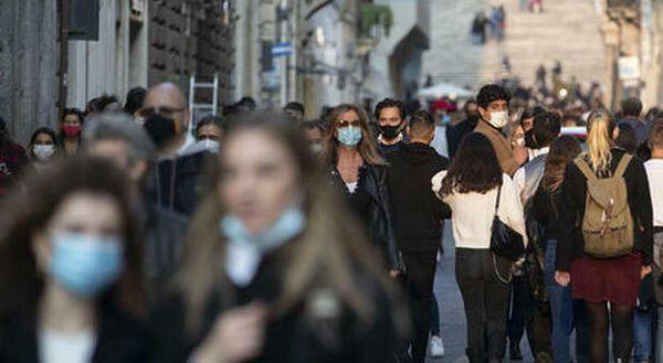 Covid Italia, bollettino oggi 22 giugno: 835 casi e 31 morti, tasso positività al 0,4%