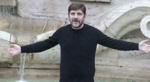 Libero De Rienzo, preso il pusher che gli ha venduto l'eroina. Gli ultimi messaggi whatsapp