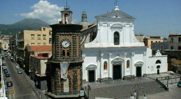 Coronavirus a Torre del Greco, oggi altri tre morti: anche un ex marittimo in pensione