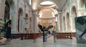 «La materia e l'eterno», la personale di Sepe alla basilica di san Giovanni Maggiore