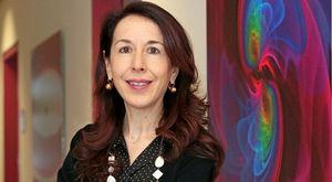 Alessandra Buonanno, la ricercatrice italiana premiata con la medaglia Dirac per l'analisi della danza dei buchi neri