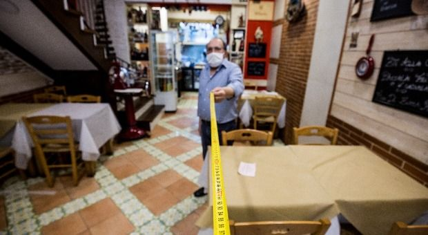 Centro storico Napoli tre ristoranti dieci non riaprono «Non 'è nulla festeggiare»
