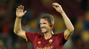 Roma, manita d'estate: Pellegrini, Zaniolo e Dzeko entusiasmano i tifosi. Gol d'autore