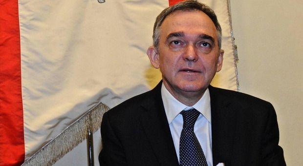 Enrico Rossi presidente della Toscana indagato per gara Tpl «Accuse infamanti ridicole»