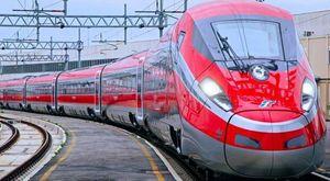 Treno, collegamenti più rapidi e più frequenti soprattutto al Sud grazie al Pnrr, la mappa degli investimenti