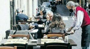 Covid, nuovi ristori contro la crisi: tempi stretti per le richieste, a chi spettano e come ottenerli