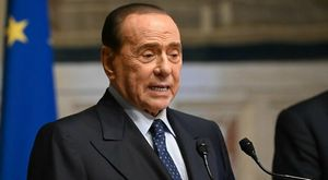 Berlusconi: «Nei cassetti dell'amministrazione comunale di Milano nessuna idea per il futuro»