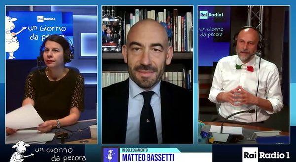 Covid, Bassetti: «Da metà giugno via mascherine all'aperto. A settembre la partita sarà finita»