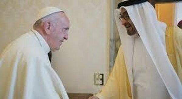 Renzi dialoga col saudita, il Papa in streaming con lo sceicco degli emirati mentore del principe Salman