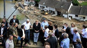Germania, la cancelliera Merkel nei luoghi devastati dalle inondazioni