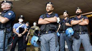 No Vax, la polizia blocca le chat: si temono nuovi blitz. Indagine per terrorismo