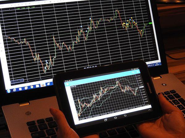 Anticipare i rialzi del mercato con l'indicatore MACD thumbnail