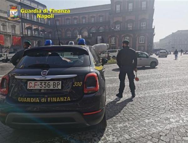 Covid, controlli a Napoli e provincia: 115 sanzioni