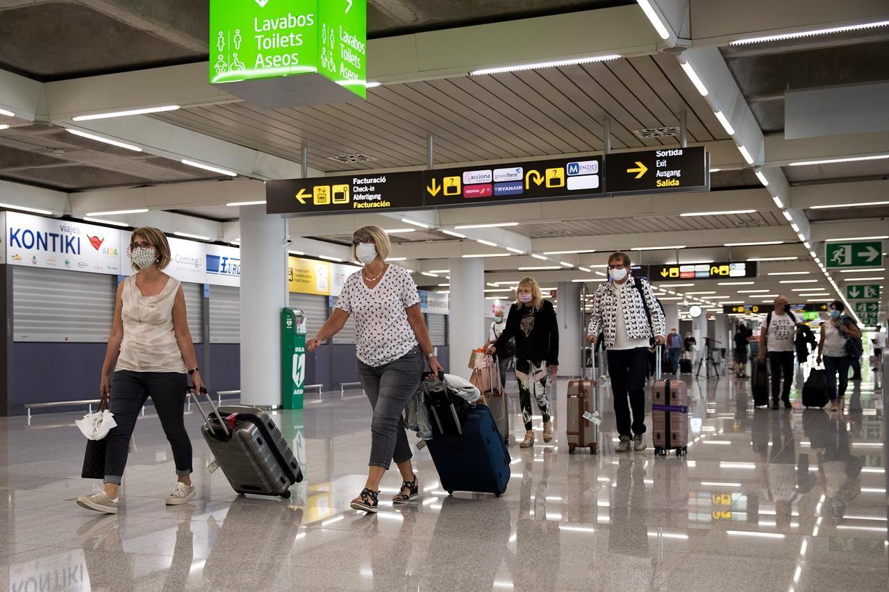 «Italia viola diritti passeggeri con voucher posto rimborsi»