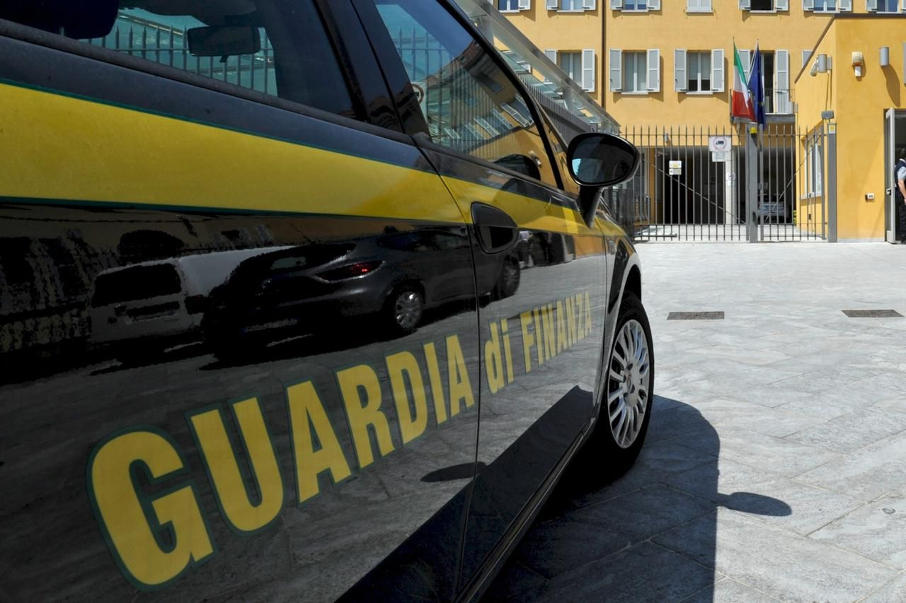 Benevento concorsi truccati per forze dell ordine 8 misure cautelari