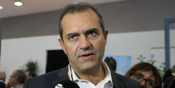 Covid, de Magistris: «A Napoli 485 casi in 24 ore, tantissimi»