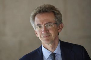 Manfredi: «Coalizione con 13 liste, comitato di garanzia per le candidature»