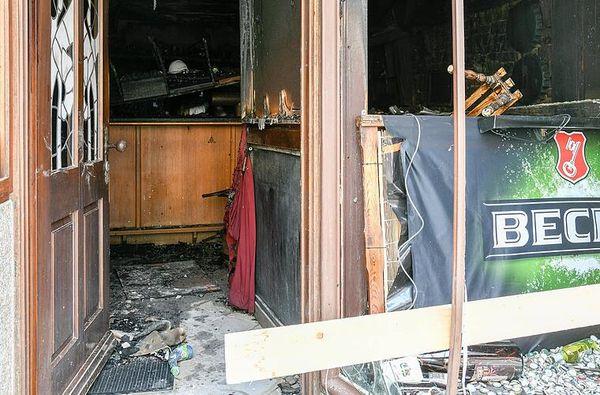 Brand im Volkacher Techtel-Mechtel: Feuerwehr verhindert Schlimmeres