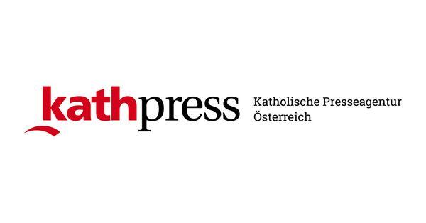 Theater: Bischof Krautwaschl liest Don Camillo die Leviten