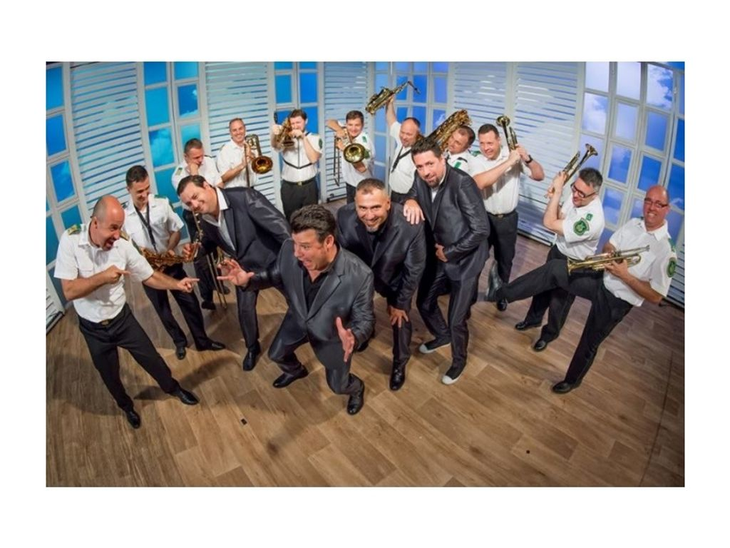 "JUMPING MATT & HIS COMBO feat. CUSTOM BIG BAND -  ""Dressed up"" - lemezbemutató koncert"