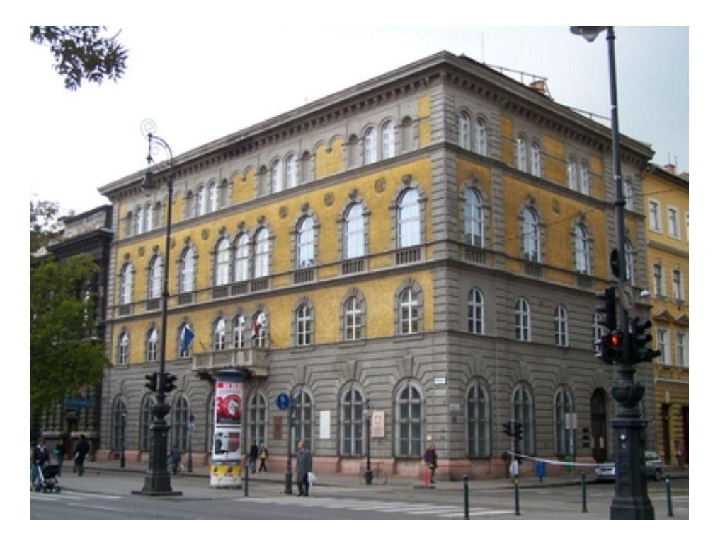 Liszt Múzeum - Matinékoncert: Frankofón fesztivál. Gilles Combecave (ének), Lajkó István (zongora)