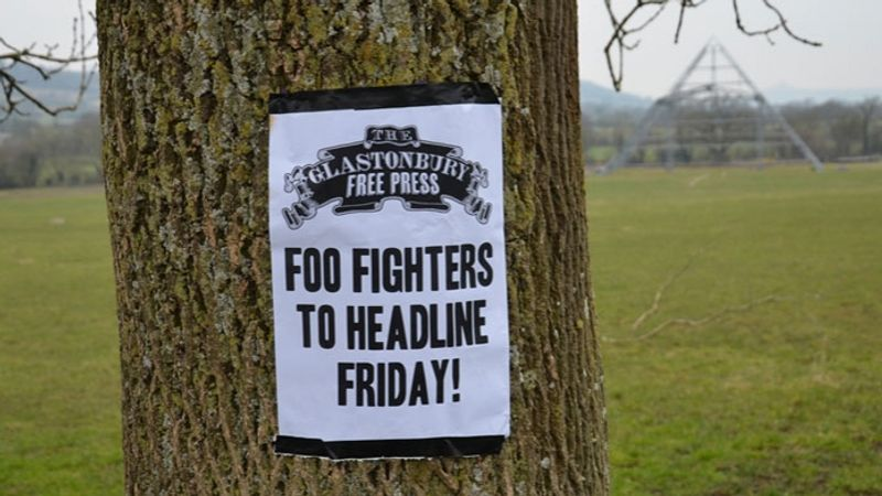 Milyen meglepetéssel szolgál ma nekünk a Foo Fighters?