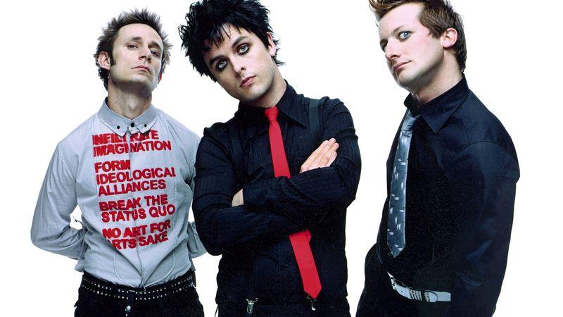 """A Green Day """"American Idiot""""-ja a brit listák élén Trump látogatása miatt!"""