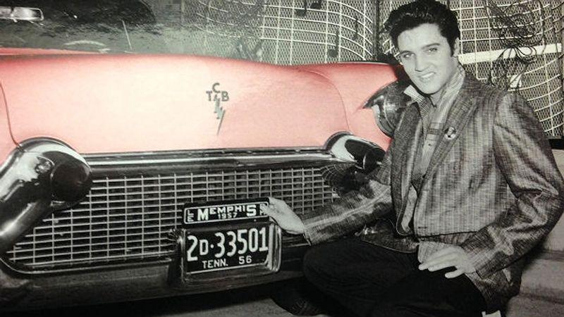 Gyertyafényes emlékezés Elvisre