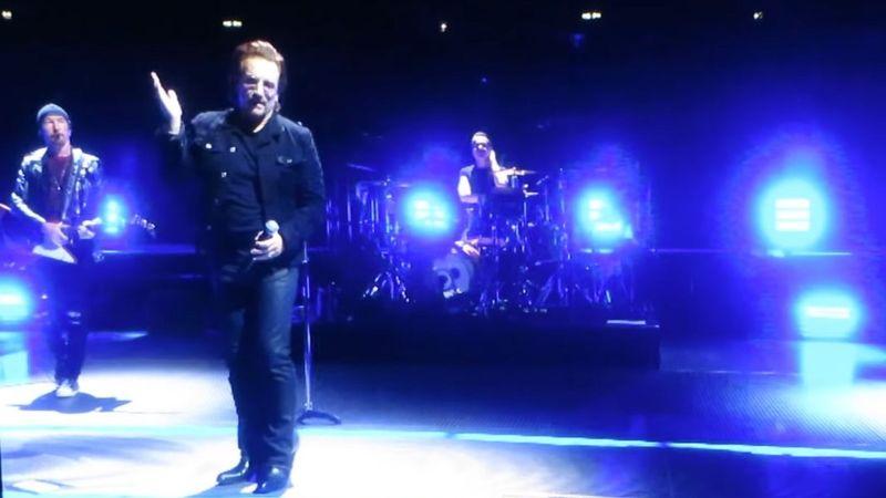 So sorry – Elment Bono hangja, félbeszakadt a teltházas U2 koncert Berlinben