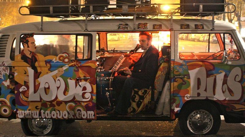 Nemzetközi turnékra, fellépésekre pályázhatnak a zenekarok