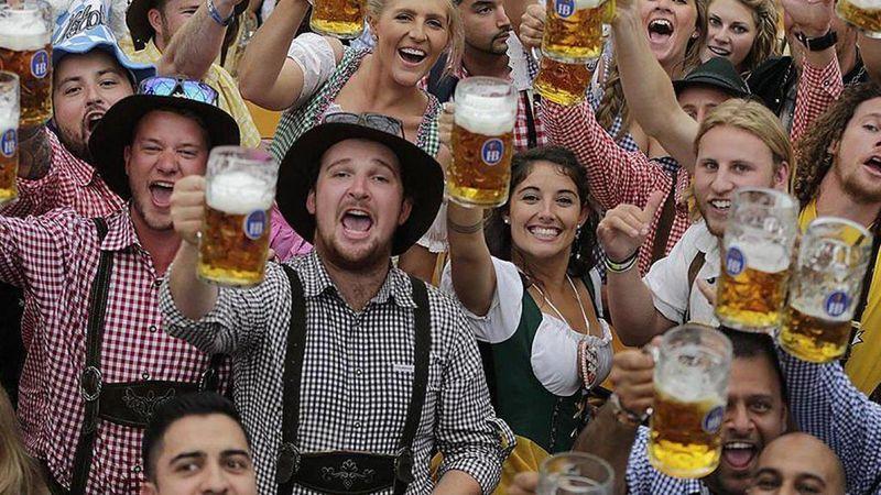 Ahol Einstein volt a villanyszerelő: minden, amit tudnod kell a müncheni Oktoberfestről