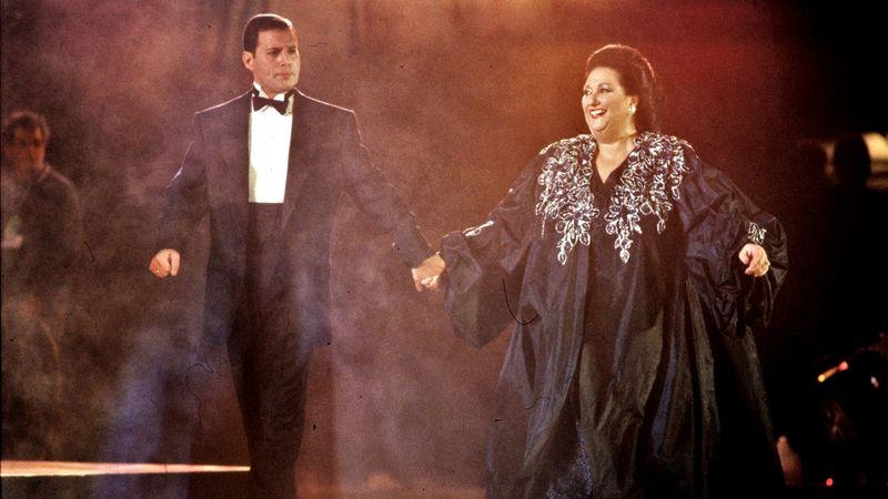 Montserrat Caballé már Freddie Mercuryval énekel – elhunyt az opera királynője