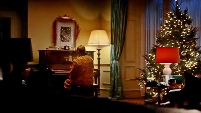 Elton John ríkat meg az idei karácsonyi John Lewis-filmben