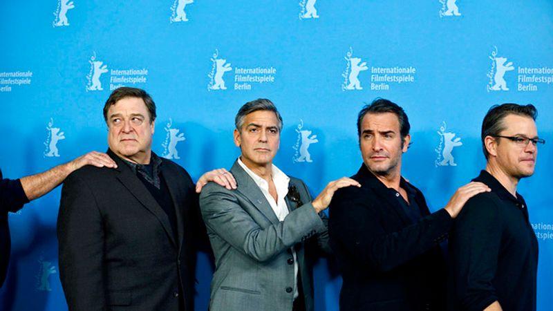 George Clooney is tapsolt Berlinben Ennio Morriconénak