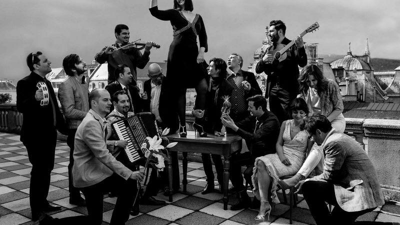 Pet Shop Boys, Budapest Bár: Mindenki a fedélzeten!