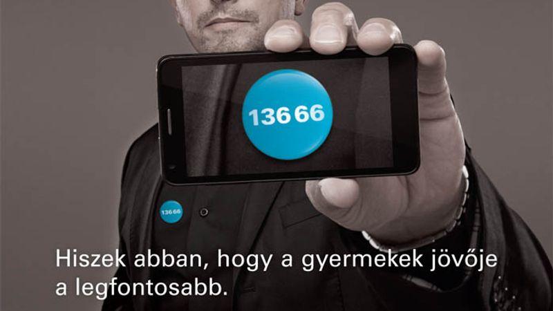 Ákos is besegít az UNICEF-nek