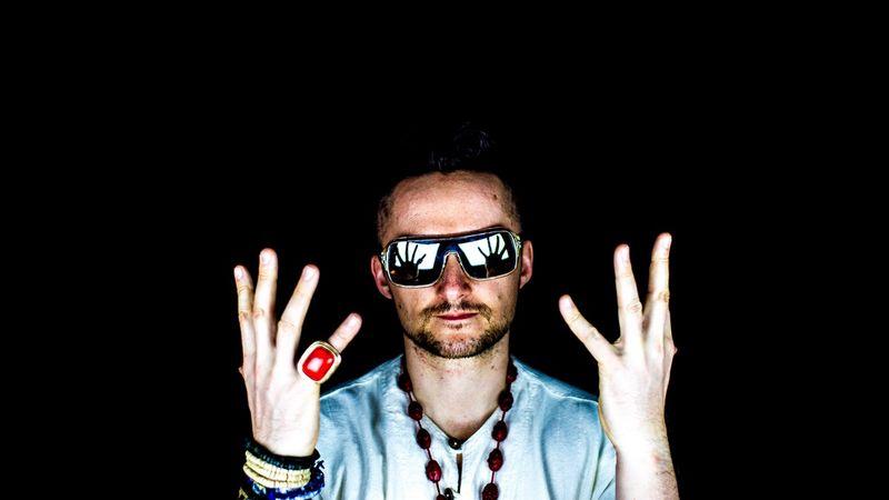 Corvintető - 7.szülinap DJ Vadimmal és ingyenshottal