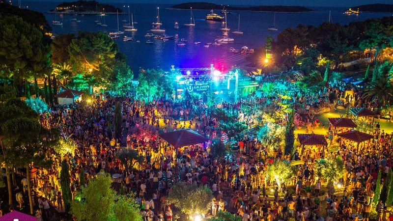 Ultra nagy elektronikus zenei fesztivál Splitben