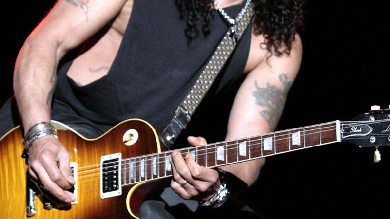 10 érdekesség Slash-ről, amit mindenképpen tudnod kell