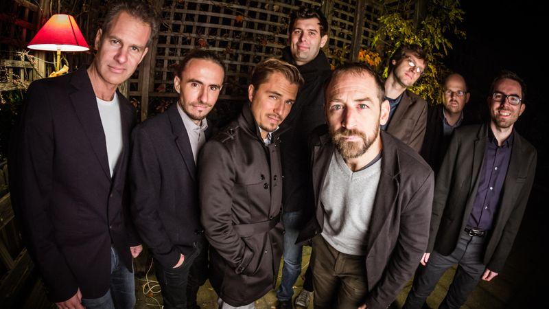 A Kéknyúl zenekar univerzuma: a Hammond mellé bejött a bőgő