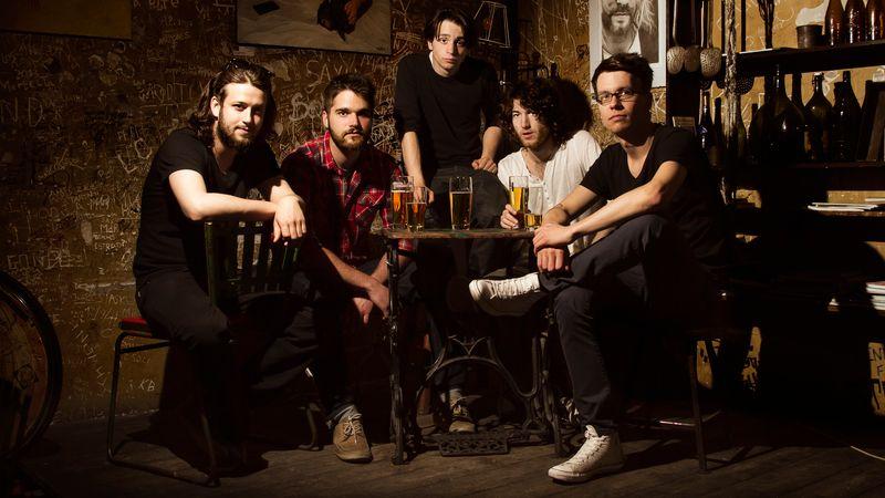 A White Stripes hangmérnökével dolgozik a magyar zenekar