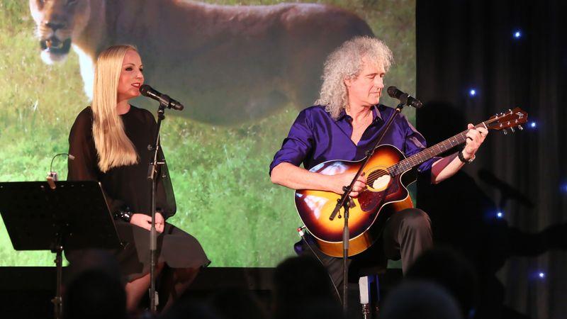 Harminc év után újra Budapesten koncertezik Brian May